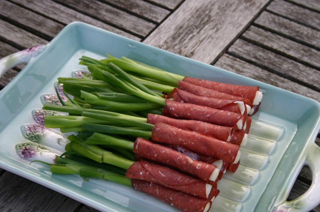 Easy Onion Appetizer Recipe|Ripped Jeans & Bifocals blog|summer|potluck|side dish|bbq|gluten free|3-ingredients or less|@JillinIL|www.rippedjeansandbifocals.com