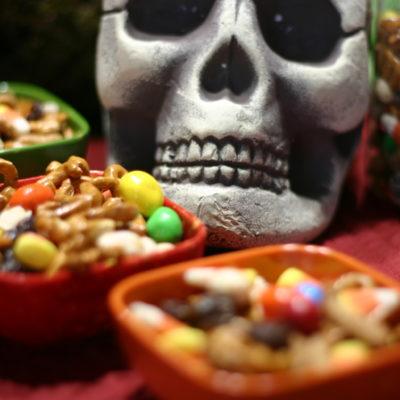 Super Easy Halloween Trail Mix