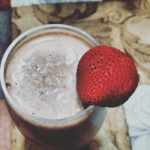 Best breakfast smoothie ever strawberry cacao banana chocolatechip almondmilk yummyhellip
