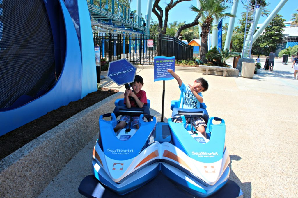 Wave Breaker Rescue Coaster at SeaWorld|Ripped Jeans and Bifocals