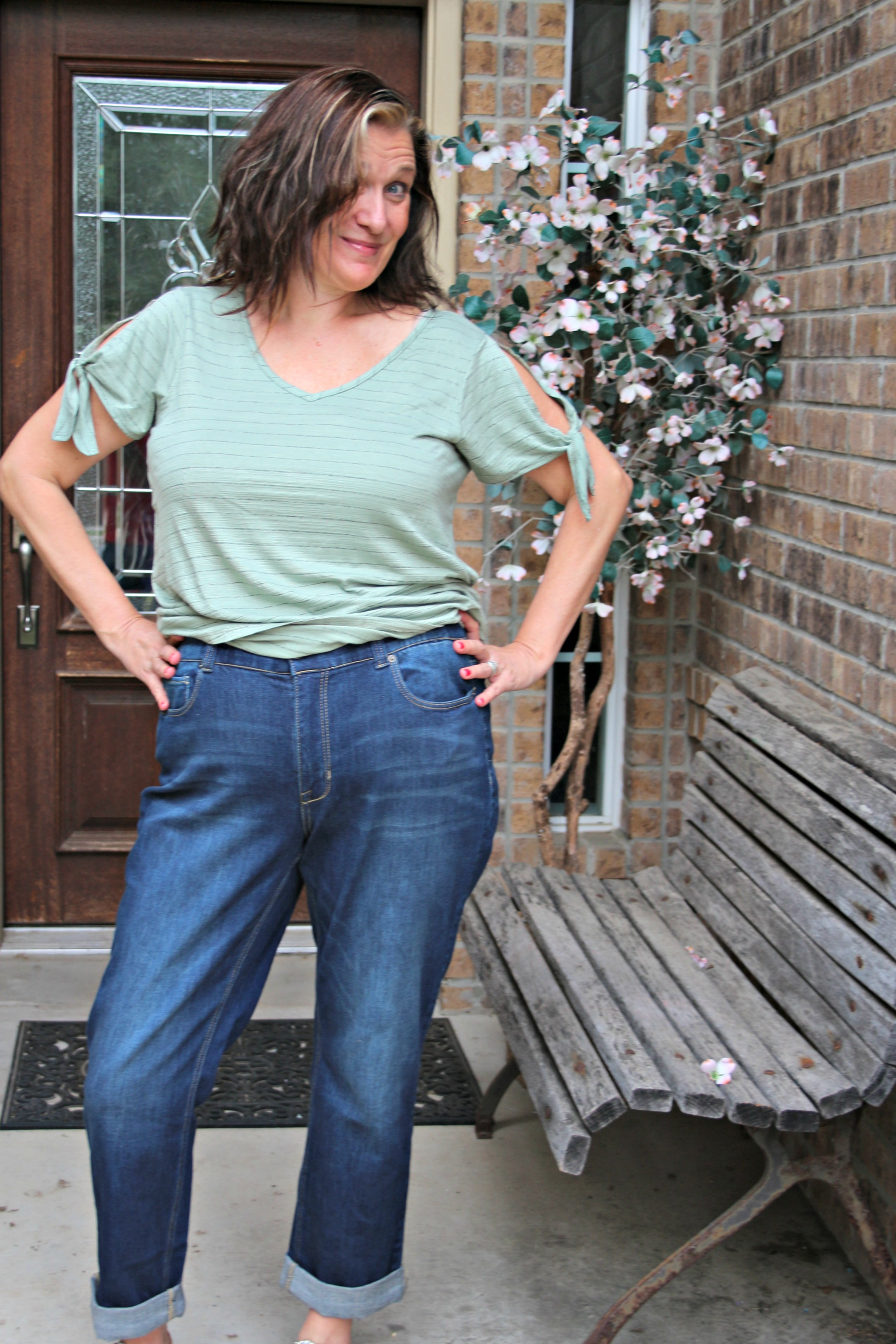 Fashion Friday - The Stitch Fix Box For Spain RIpped Jeans and Bifocals