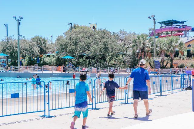 Dad and two boys at Aquatica San Antonio