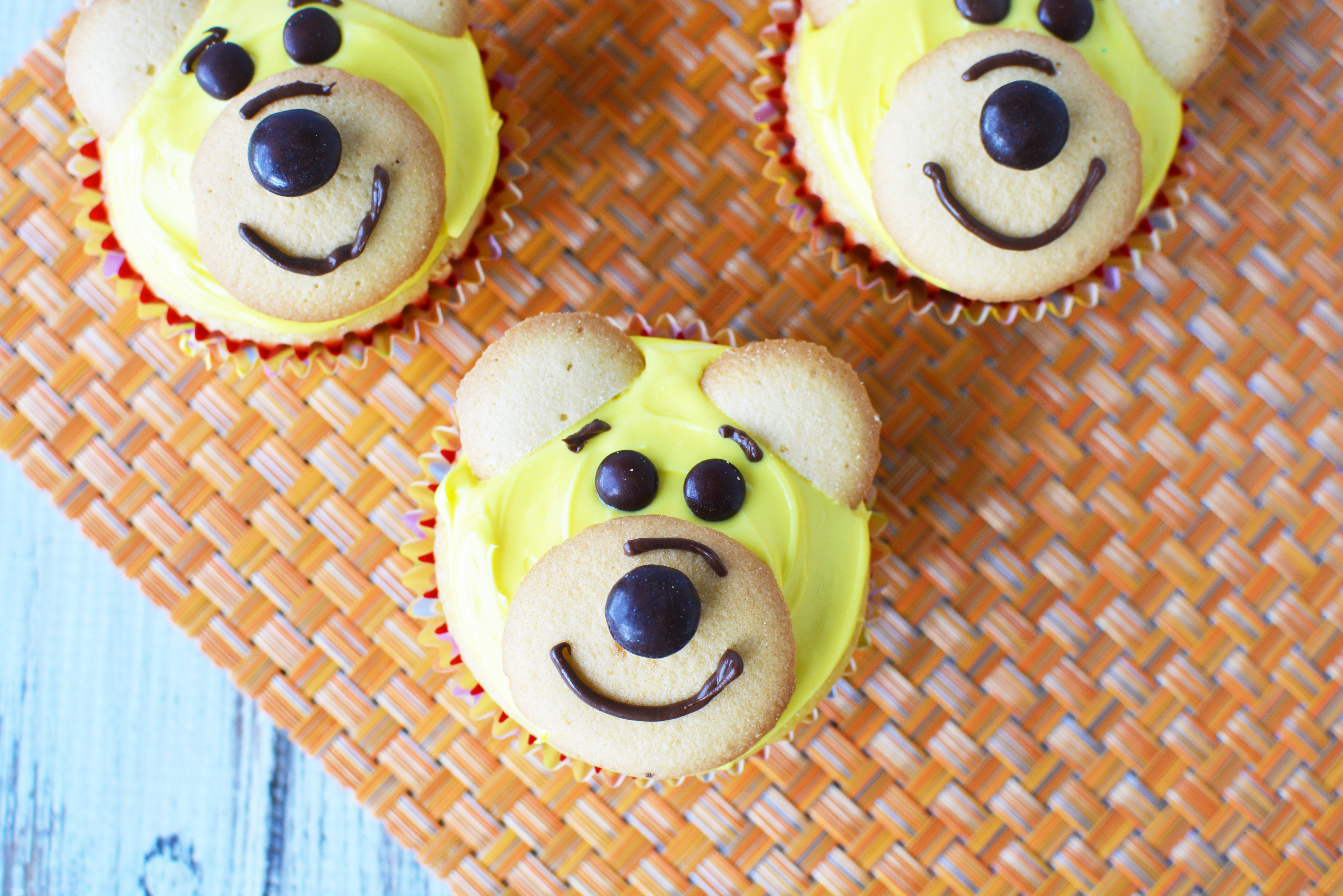 Adorable Winnie The Pooh Cupcakes