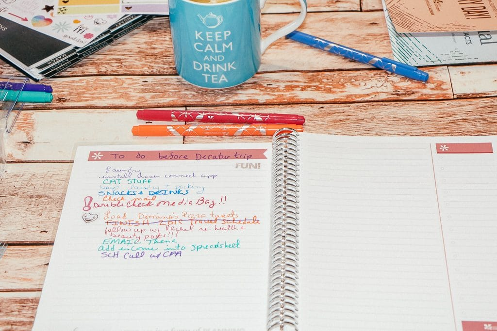 How to stay organized as a work at home home mom|RippedJeansAndBifocals
