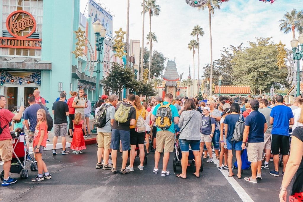 Open to close touring plan for Disney's Hollywood Studios|Crowd at opening at Disney's Hollywood Studios