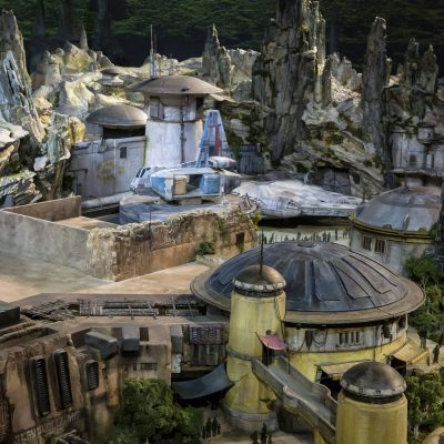 Galaxy's Edge Overview: the Food, Shops and Attractions