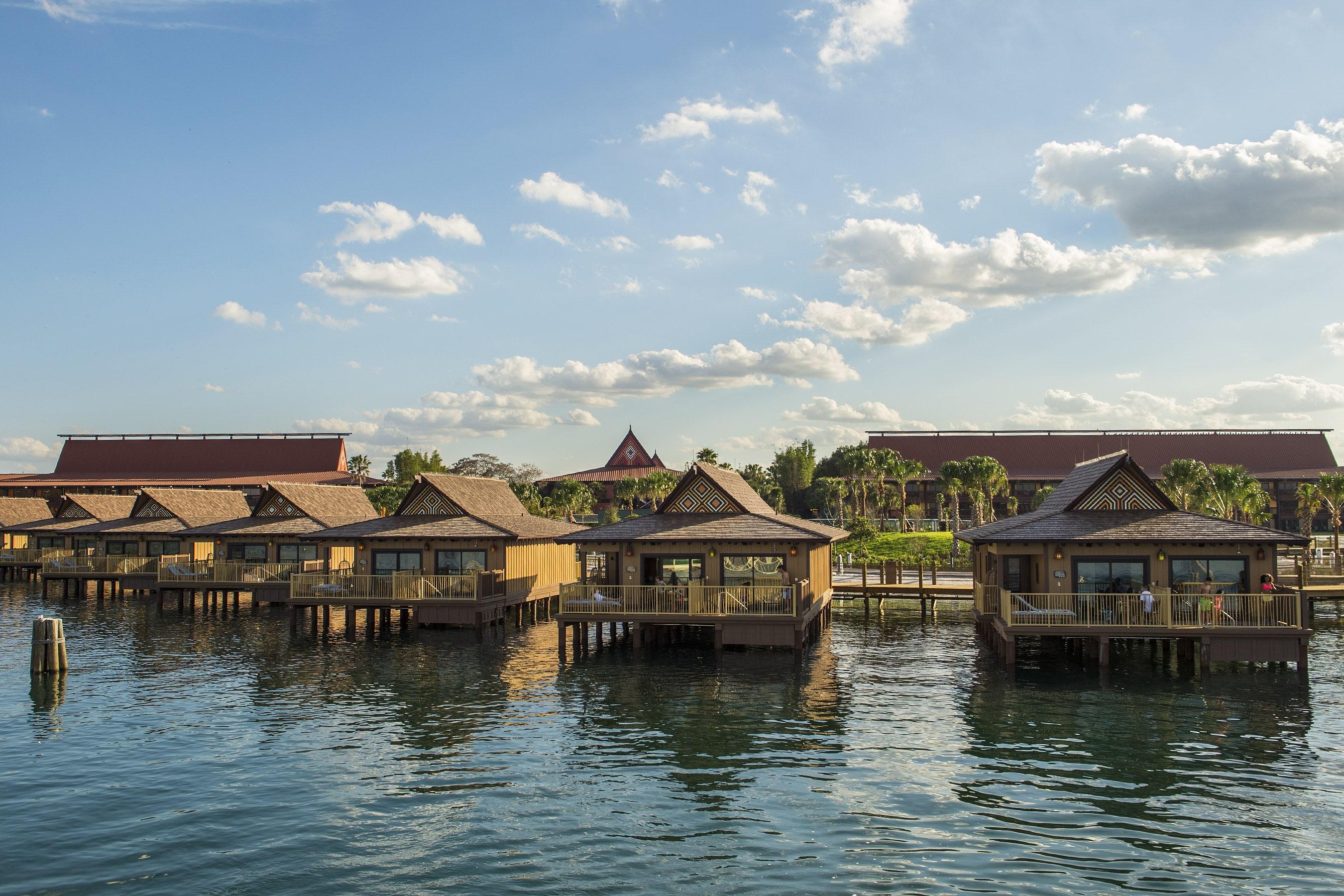 Disney Deluxe Resorts Disneys Polynesian Village resort
