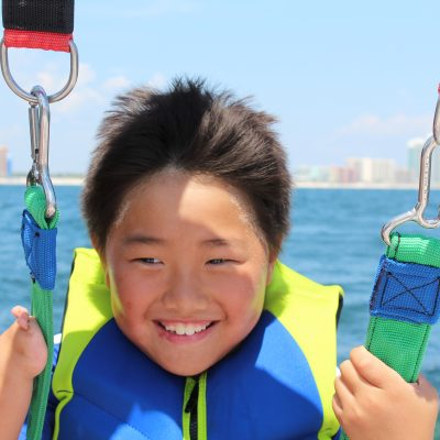 Why parasailing in Gulf Shores is a great family spring break activity