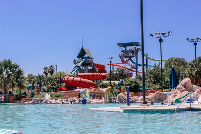 Pool and water slide at Aquatica San Antonio