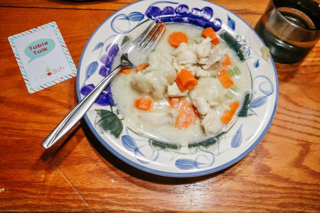 Chicken and dumplings on a plate